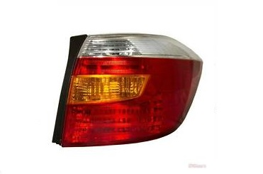 08-10 Highlander Tail Light Right