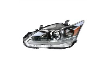 11-17 CT200h Headlight Left